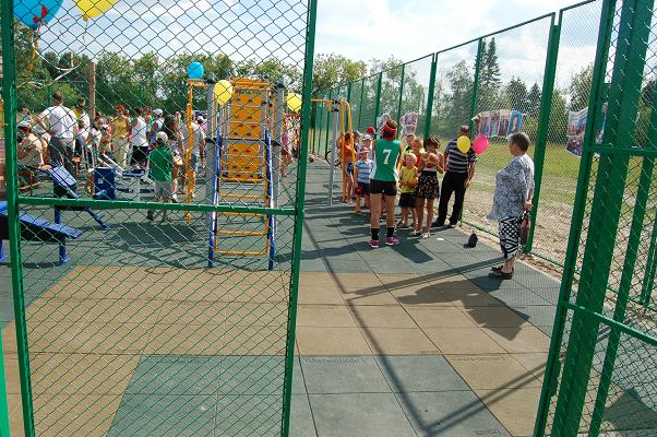 покрытие для детских площадок из резиновой крошки setfor